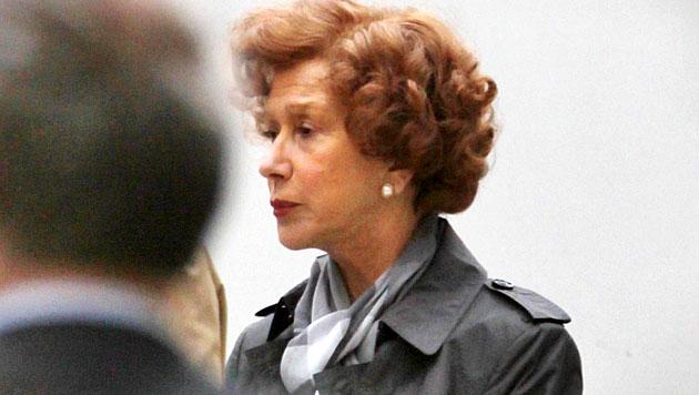 """Helen Mirren in Wien bei den Dreharbeiten zu ihrem Film """"Woman in Gold"""" (Bild: Starpix/Alexander Tuma/SPY)"""