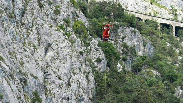 45-Jährige beim Klettern in den Tod gestürzt (Bild: APA/ZEITUNGSFOTO.AT/DANIEL LIEBL)