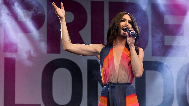 Conchita Wurst auf Londoner Pride-Parade gefeiert (Bild: AFP)