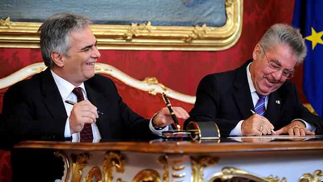 Die zweite Amtszeit als Bundeskanzler begann für Werner Faymann im Oktober 2013 (Bild: APA/ROLAND SCHLAGER)