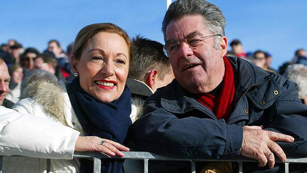 2004 trat mit Benita Ferrero-Waldner eine starke ÖVP-Kandidatin gegen Fischer an (Bild: APA/Harald Schneider)