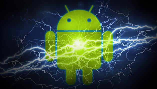 Neues Android bringt ein Drittel mehr Akkulaufzeit (Bild: Google, thinkstockphotos.de, krone.at-Grafik)