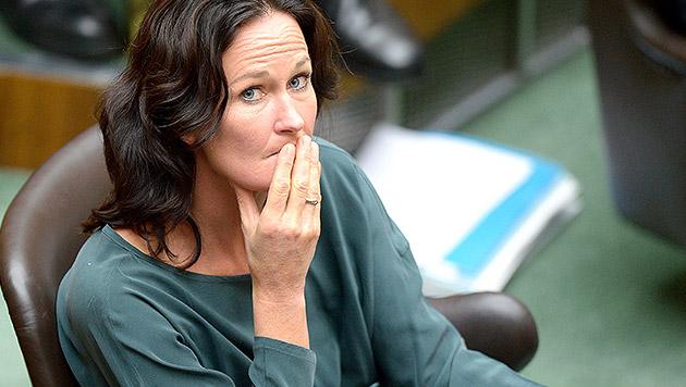 """Glawischnig: """"Zentralmatura ist eine Katastrophe"""" (Bild: APA/ROLAND SCHLAGER)"""