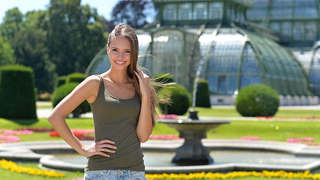 "Julia Furdea: 1. Fotoshooting als ""Miss Austria"" (Bild: Andreas Tischler)"