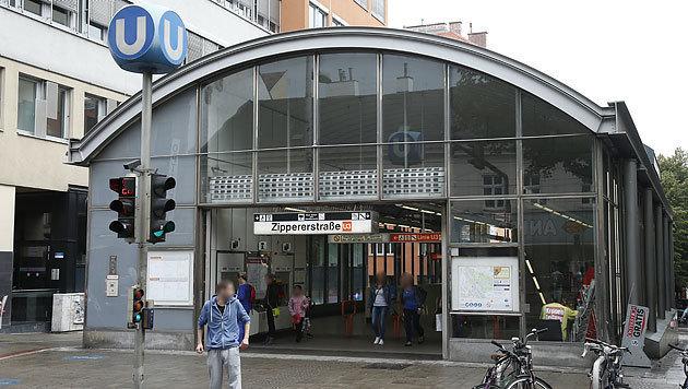 Die Verdächtigen flüchteten in die U-Bahn-Station Zipperstraße. (Bild: Reinhard Holl)