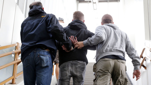 Einsatz für die U-Bahn-Sheriffs von Wien (Bild: Zwefo)