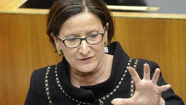 Mikl-Leitner fordert Flüchtlingsquote für die EU (Bild: APA/HERBERT PFARRHOFER)