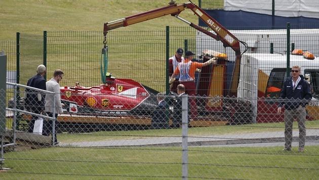 Hamilton holt Heimsieg, wilder Crash von Räikkönen (Bild: AP)