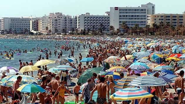 Ballermann auf Mallorca (Bild: AP (Symbolbild))