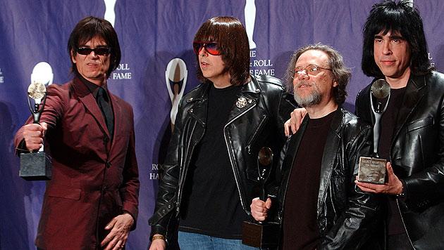 Gemeinsames Bild der Ramones aus dem Jahr 2002 (Bild: AP)