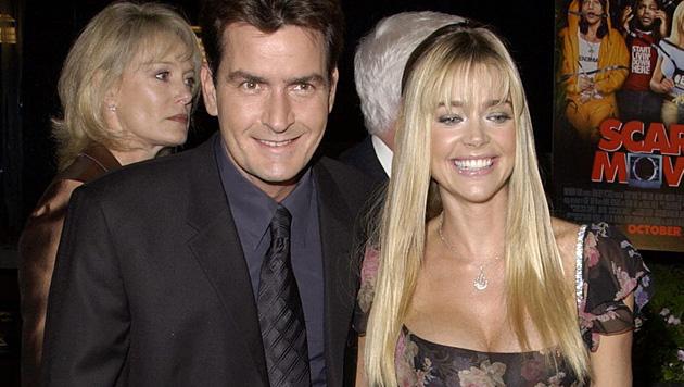 Denise Richards reichte nach vier Jahren Ehe die Scheidung von Charlie Sheen ein. (Bild: Debbie Vanstory/EPA/picturedesk.com)