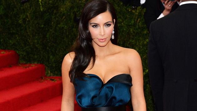 Kim Kardashian schwärmt von neu gekaufter Villa (Bild: APA/EPA/JUSTIN LANE)