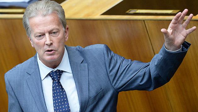 "Mitterlehner: Steuerreform geht nicht per ""Voodoo"" (Bild: APA/Robert Jäger)"