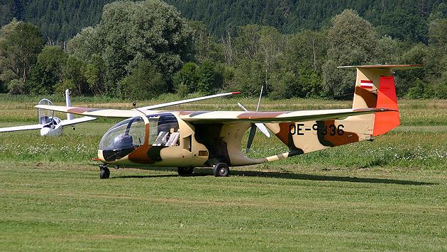 Dieses ausgemusterte Militärflugzeug gehört nun dem Flugsportverein Hirt. (Bild: Pingu)