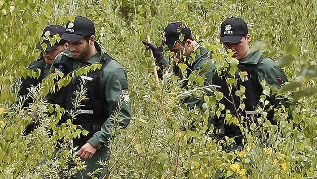 Bluttat in Bayern: Tatwaffe in Wald gefunden (Bild: MARKUS TSCHEPP)