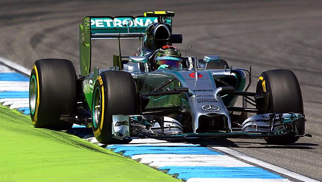 Poleposition für Rosberg, Crash von Hamilton (Bild: APA/EPA/Jens Büttner)