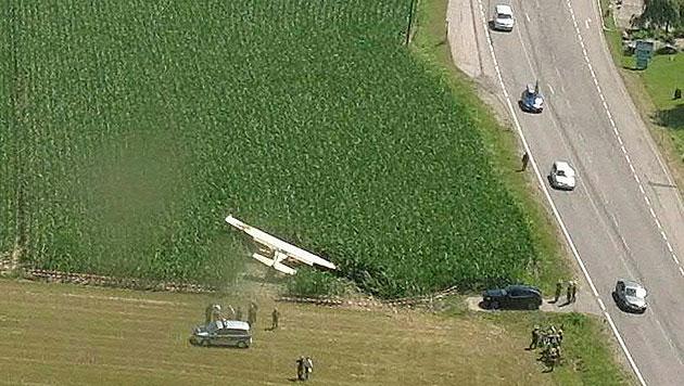 Vier Verletzte bei Notlandung von Kleinflugzeug (Bild: APA/Flugpolizei)