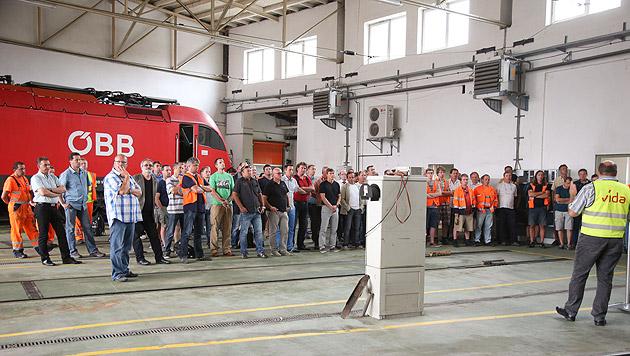 Bahn-KV: Betriebsversammlungen in Salzburg (Bild: APA/Neumayr/SB)