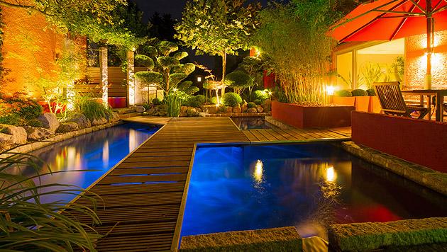 tipps f r sanfte lichtspiele im garten au enbeleuchtung bauen wohnen. Black Bedroom Furniture Sets. Home Design Ideas