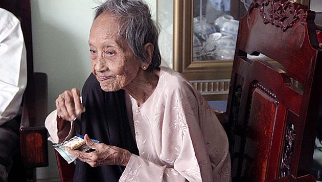 Vietnamesin ist vermutlich älteste Frau der Welt (Bild: APA/EPA/Ky Luc Viet Nam Vietkings)