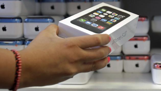 iPhone spült Apple erneut Milliarden in die Kassen (Bild: AP)
