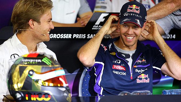 Mercedes möchte angeblich Vettel verpflichten (Bild: APA/EPA/JENS BUETTNER)