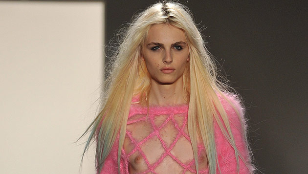 Supermodel Andrej Pejic ist jetzt eine Frau (Bild: EPA/JASON SZENES)