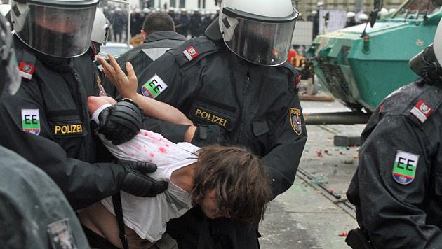 Bilanz nach Räumung: 31 Festnahmen, 55 Anzeigen (Bild: ANDI SCHIEL)