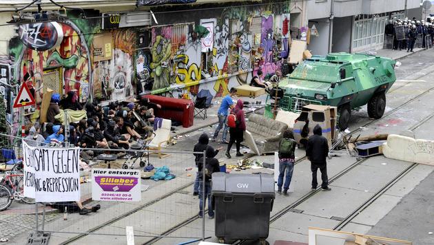 Staat bleibt auf Kosten für Räumung sitzen (Bild: APA/HERBERT OCZERET)