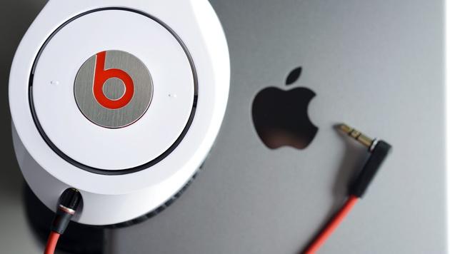 Apple schließt Übernahme von Musikfirma Beats ab (Bild: APA/EPA/DAVID EBENER)