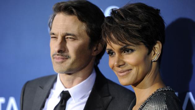Halle Berry und ihr Ehemann Olivier Martinez (Bild: Chris Pizzello/Invision/AP)