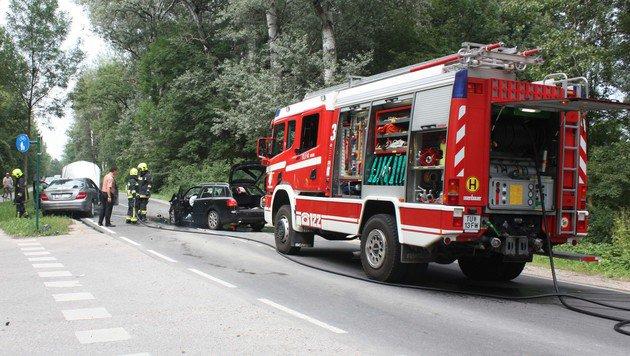 Frontalkollision in NÖ: Drei Insassen verletzt (Bild: FF Tulln)