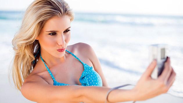 8 von 10 Frauen bearbeiten ihre Urlaubsfotos (Bild: thinkstockphotos.de)