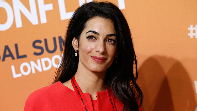 Topanwältin Amal Alamuddin ist die Frau, die den Heirats-Phobiker George Clooney geheilt hat. (Bild: APA/AP/Lefteris Pitarakis)