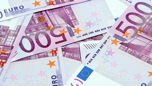 20.000 Euro in Mistkübel in Klagenfurt entdeckt (Bild: thinkstockphotos.de)