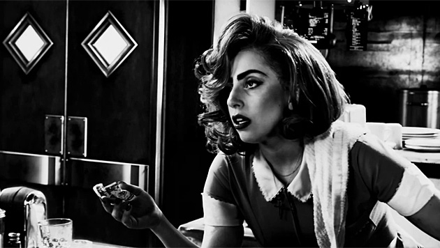 "Lady Gaga spielt in ""Sin City 2"" eine Kellnerin. (Bild: YouTube.com)"