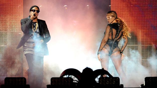 Jay-Z und Ehefrau Beyonce gemeinsam auf der Bühne. (Bild: Photo by Frank Micelotta/Invision for Parkwood Entertainment/AP)