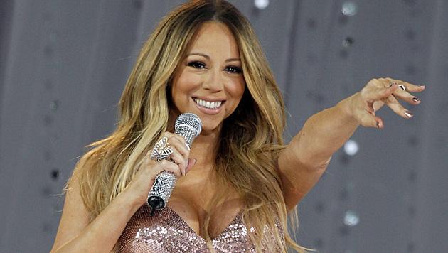 Mariah Carey liebt enge Outfits mit viel Glamour. (Bild: JASON SZENES/EPA/picturedesk.com)
