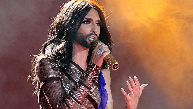 Conchita Wurst ist seit ihrem Song-Contest-Sieg gefragter denn je. (Bild: AP/Ronald Zak)