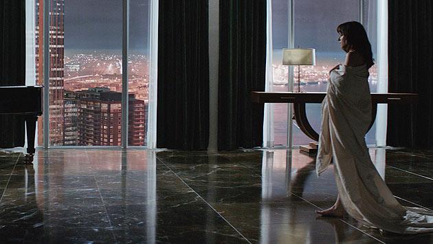 Ana im Apartment von Christian Grey (Bild: UPI)