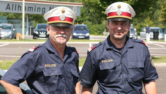 Die Lebensretter (Bild: LPD OÖ/Innendorfer)