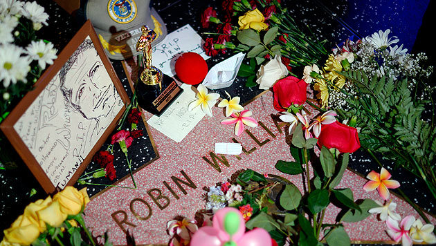 """Trauer am """"Walk of Fame"""" (Bild: AP)"""
