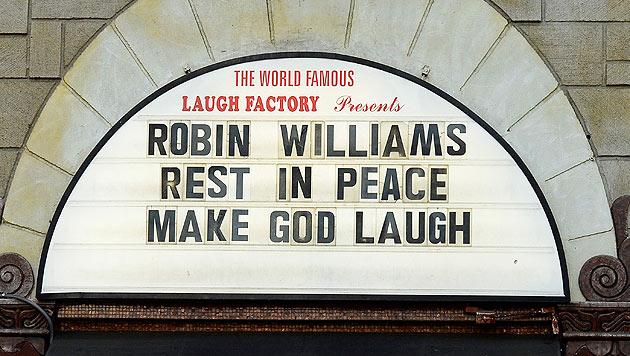 """Trauer bei der """"Laugh Factory"""" (Bild: AP)"""