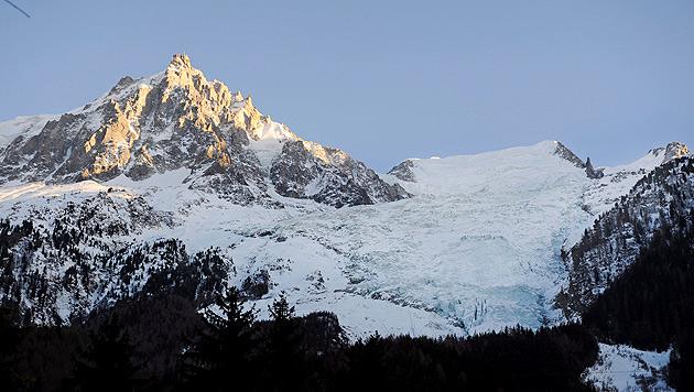 Drei Bergsteiger bei Lawinenunglück getötet (Bild: Horacio Villalobos/EPA/picturedesk.com)