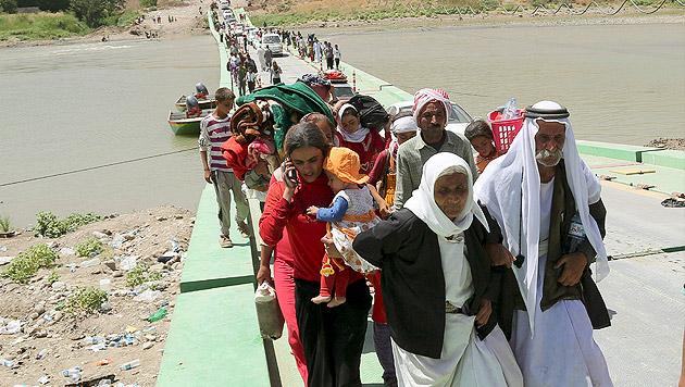 Luftbrücke aus Österreich für Jesiden im Irak (Bild: AP)