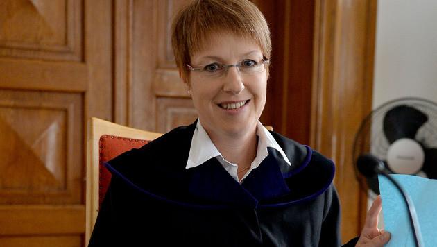 Richterin Ilona Schalwich-Mozes verhängte Geldbußen. (Bild: APA/BARBARA GINDL)