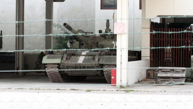 Dieser M60A3-Panzer kämpft nur mehr gegen den Rost. (Bild: ANDI SCHIEL)