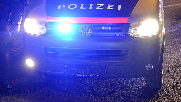 Autoknacker-Duo drängt Streifenwagen von Straße (Bild: APA/HERBERT P. OCZERET (Symbolbild))