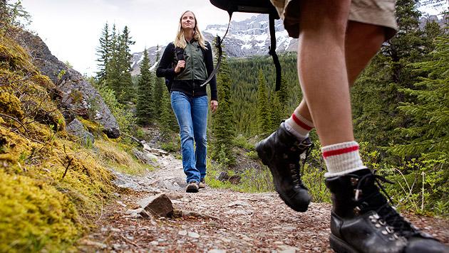 Tipps für das Wanderwochenende im Herbst (Bild: thinkstockphotos.de)