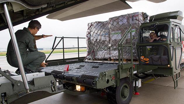 Österreich verschickte Hilfslieferungen für Irak (Bild: APA/BUNDESHEER/KARLOVITS)